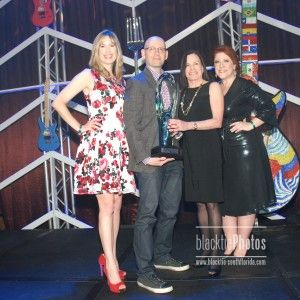Honoree:  Brad Meltzer w/Misty Weinger, Joy Satterlee & Jules Meyer